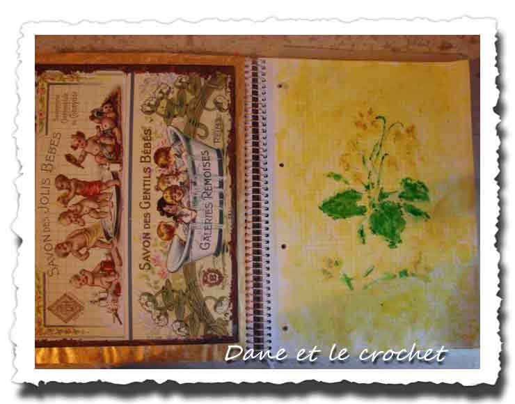 Dane-et-le-crochet-art-journal-le-jaune-01.jpg