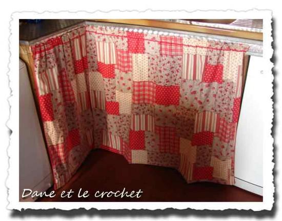 Coudre un rideau sous evier for Rideau sous evier cuisine