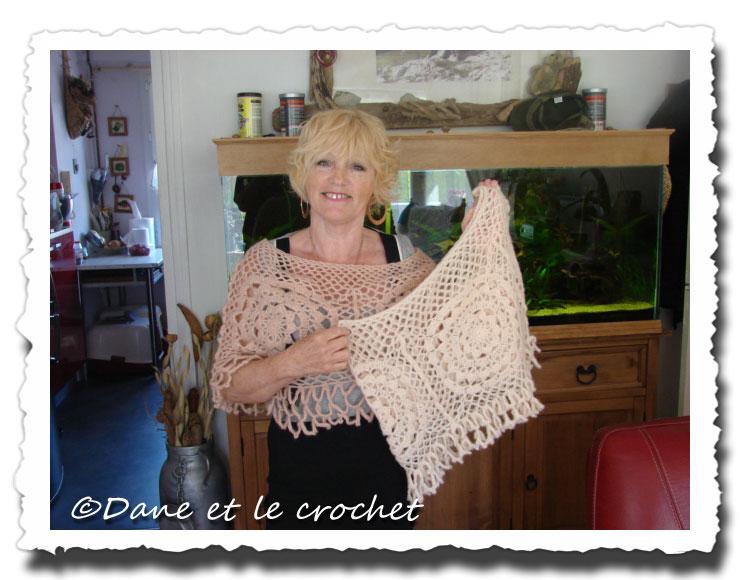 Dane-et-le-Crochet--chauffe-epaules-fini.jpg