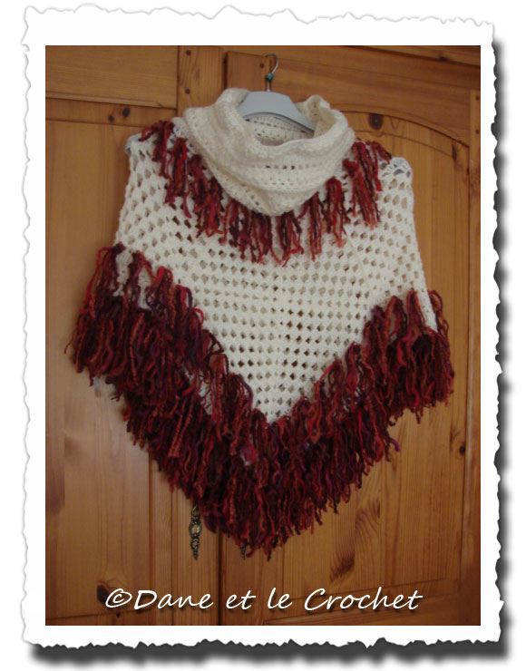 Dane-et-le-Crochet-poncho--snood-1.jpg